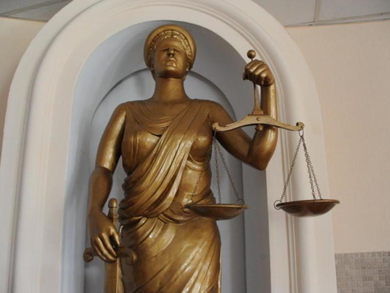 Штраф до 200 тысяч рублей грозит забайкальцу за оскорбление судьи