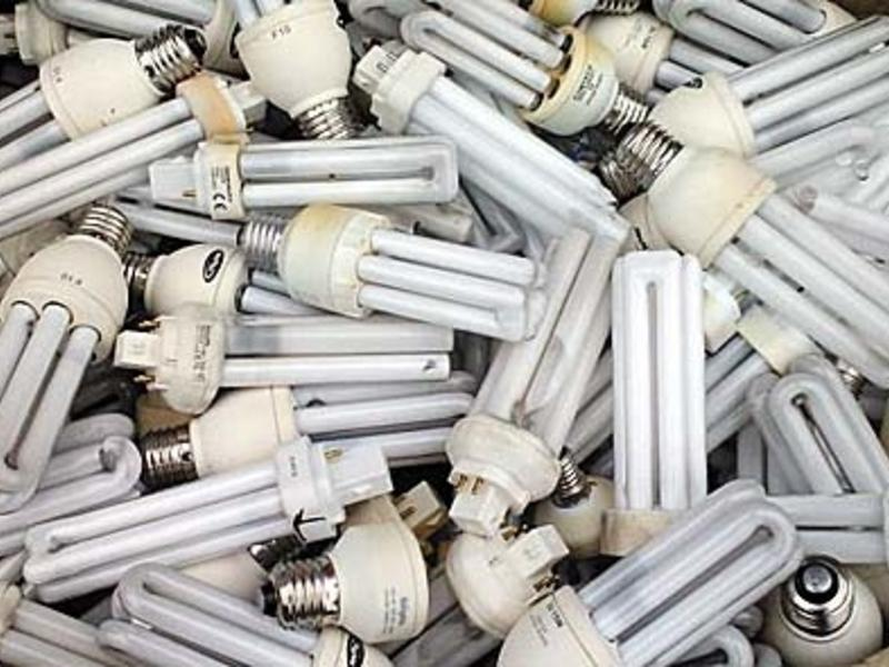Более 400 опасных ртутных ламп в течение нескольких лет хранились на вокзале в Забайкальске