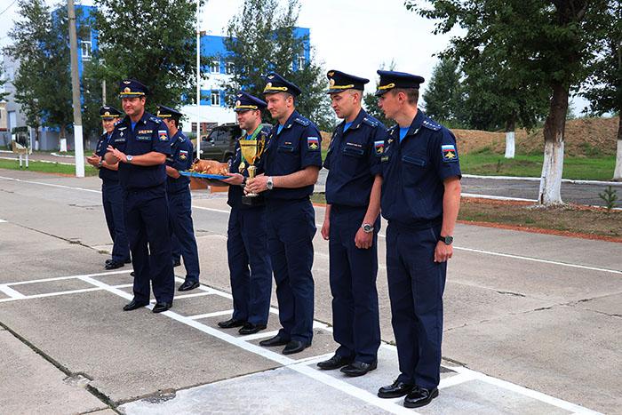 Летчиков-победителей международного этапа «Авиадартса-2018» встретили в Забайкалье