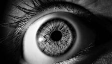 Инновационный сканер определит жив или мёртв человек по снимку глаза