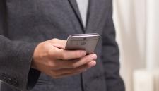 «Яндекс» не может найти продавца для своего первого смартфона