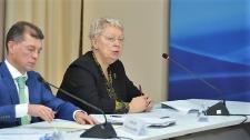 Министр просвещения заявила, что против единой школьной формы
