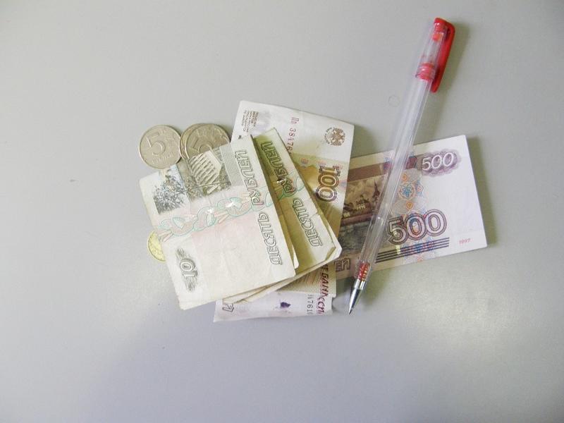 Минимальная цена на коньяк и шампанское может подняться в России