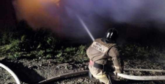 В Петропавловске пожарные потушили «Ниссан-Террано»