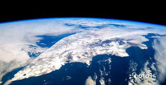 Российские космонавты проведут тренировочные полеты в небе над Камчаткой