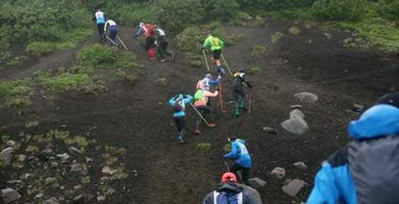 Опрос на Кам 24: кто несет ответственность за происшествия с туристами на Камчатке