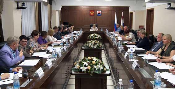Власти Камчатки будут стимулировать пожилых людей к работе