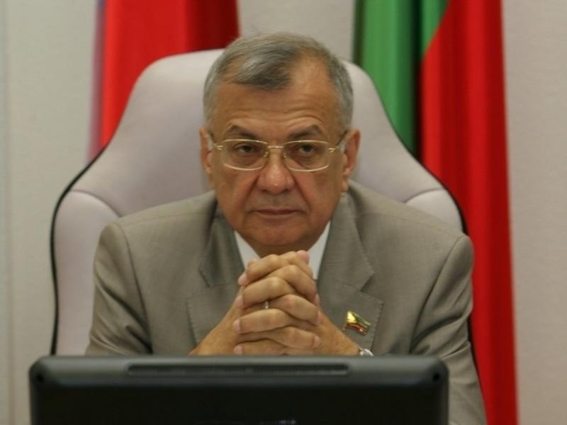 Жиряков пошёл на выборы по просьбе друзей из АБО и предполагал передачу мандата Бальжинимаеву