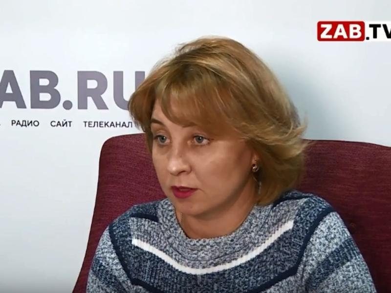 Мать осужденного за изнасилование учительницы: Мне Малахов помогает разобраться