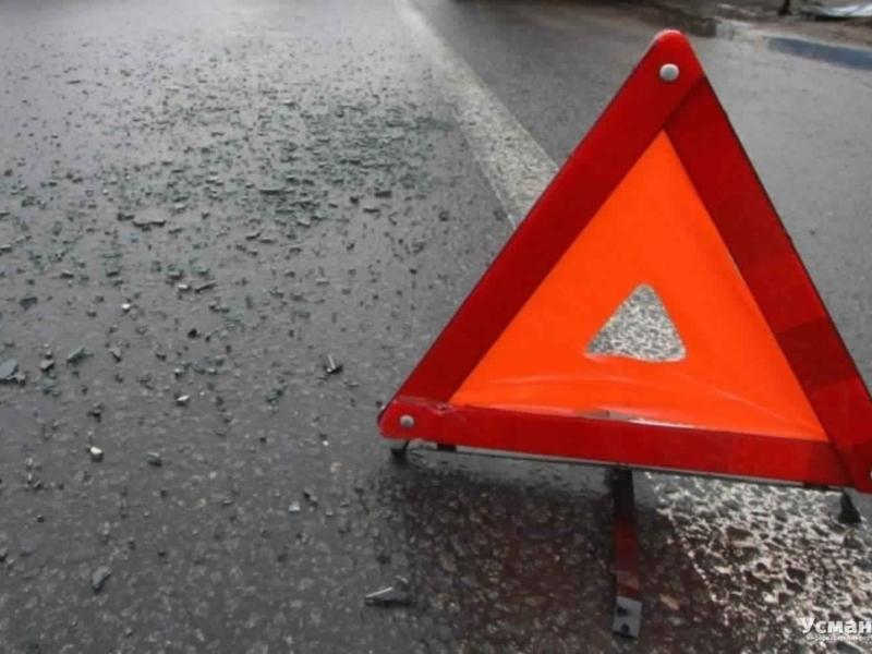 Два человека пострадали и один погиб в ДТП с грузовиком и легковушкой под Читой