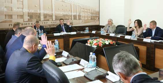 Депутаты предлагают ужесточить ответственность за использование древесины в коммерческих целях
