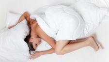 Кардиологи вычислили оптимальную продолжительность сна
