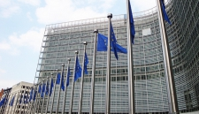 Названы щедрые на шенгенские визы консульства