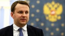 Министр ответил анекдотом на вопрос о падении рубля