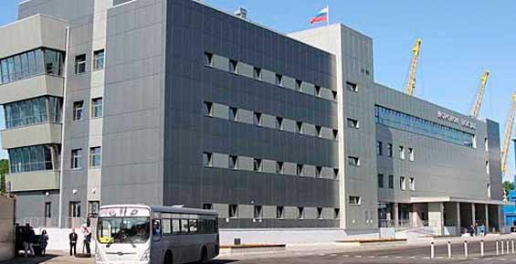 Новый морвокзал в Петропавловске забыли оборудовать для инвалидов