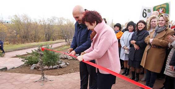 В Петропавловске открыли парк на Медвежьем озере (фото)