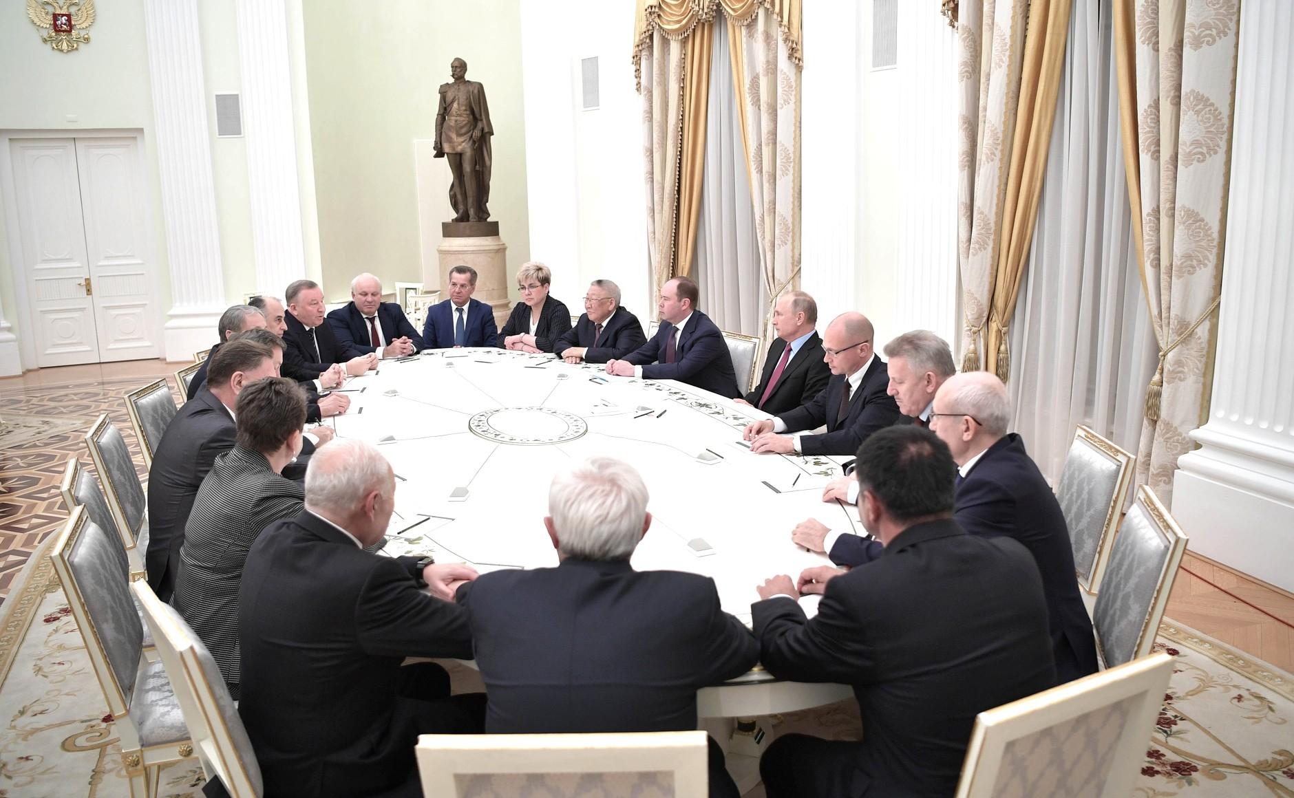 Путин предложил Ждановой место в Совете Федерации