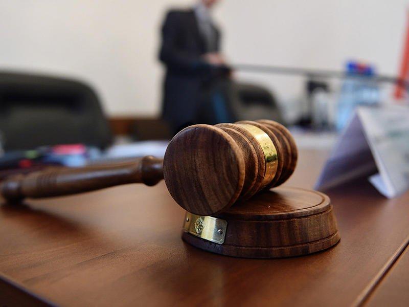 Задолжавший 17 млн р горнякам директор ГОКа просил суд передать дело в Москву