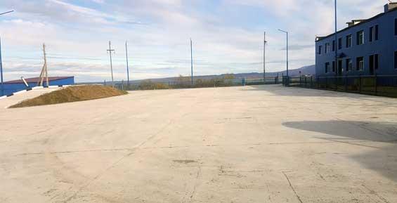 На Камчатке медведь наследил на новом автодроме