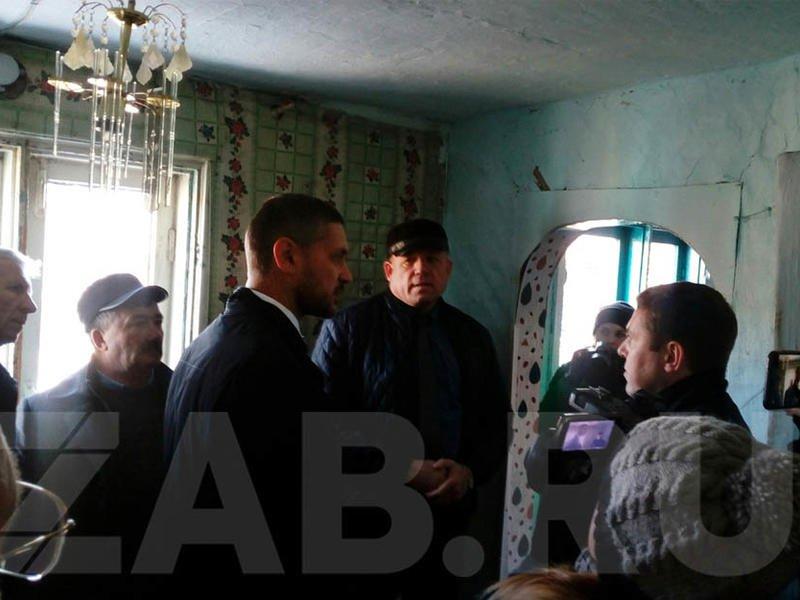 Осипов пообещал разобраться в проблеме жильцов домов, признанных аварийными до наводнения