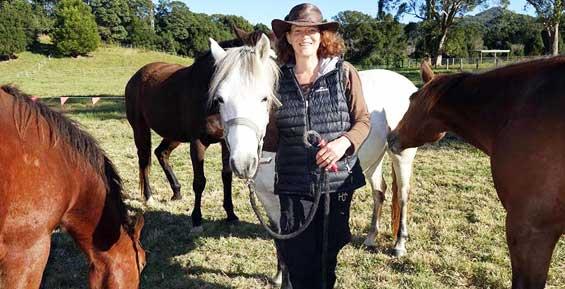 Эколог Лора Уильямс погибла при обучении лошади