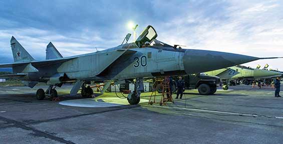 Военные инженеры на Камчатке подготовили истребители-перехватчики к зиме