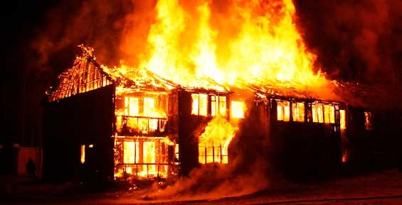 МЧС: с начала года при пожарах на Камчатке погибли 14 человек