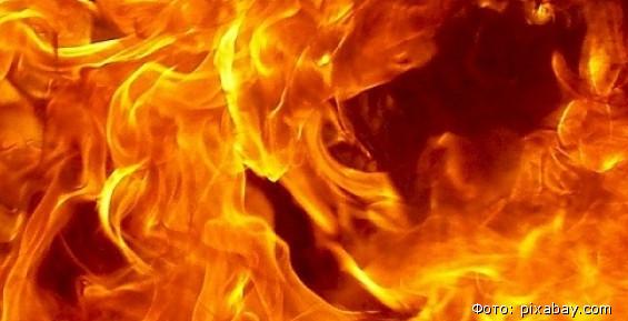 В продуктовом павильоне на Камчатке вспыхнул пожар