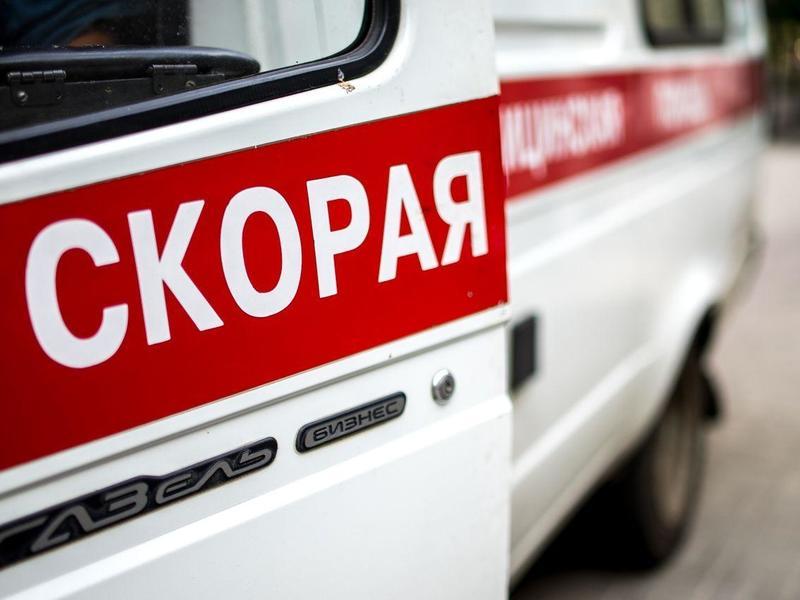Читинец попал под колёса авто на пешеходе в центре города – очевидец