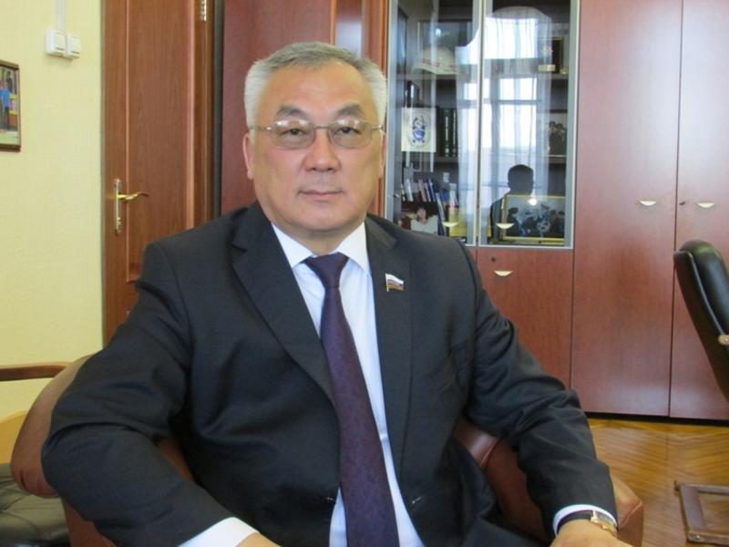 Жамсуев раскритиковал идею вывозить мусор из Москвы в другие регионы