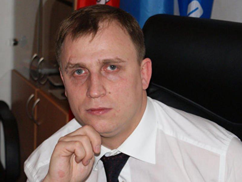 Депутат ГД объяснил совет россиянам с высшим образованием работать малярами