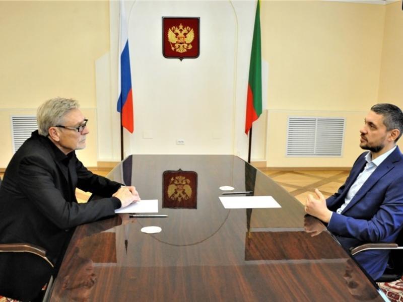 Осипов на встрече с Михайловым выступил за расширение географии Забайкальского кинофестиваля