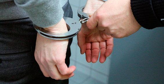 В Астраханской области задержали мошенника, обманувшего 32 жителей Камчатки