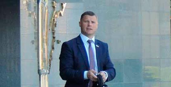 Суд Петропавловска арестовал депутата Заксобрания от КПРФ Валерия Быкова