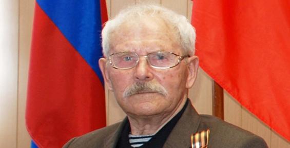 Валерий Раенко поздравил со 100-летним юбилеем ветерана Курильской десантной операции