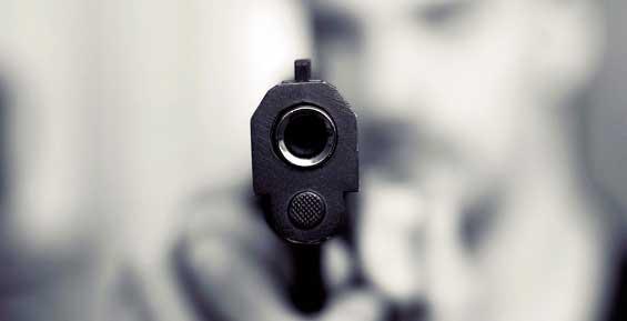 Молодого разбойника в Петропавловске задержали во время нападения на второй магазин