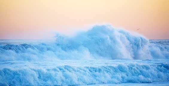У берегов Камчатки ветер поднимет волны высотой до 10 метров
