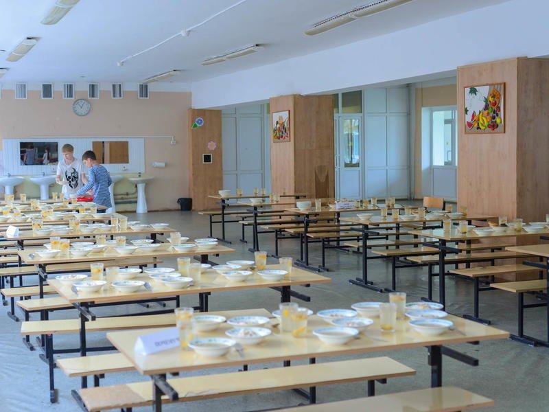 Нарушения в организации питания обнаружены в трети забайкальских школ