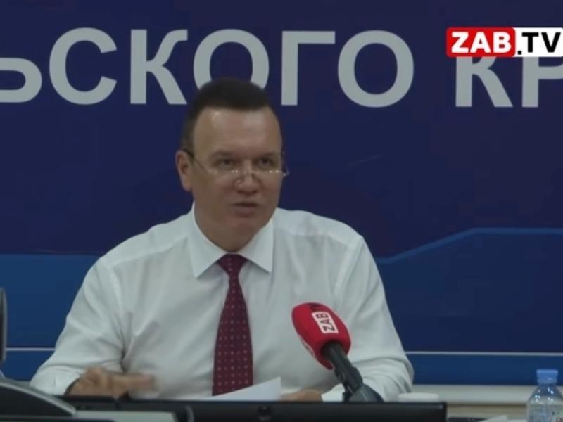 Министр Давыдов дал свой номер телефона, чтобы решать конкретные проблемы