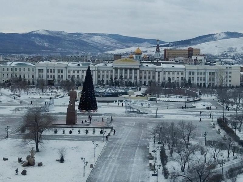 Молодежь на встрече с Осиповым раскритиковала власти Читы за плохую подготовку к Новому году