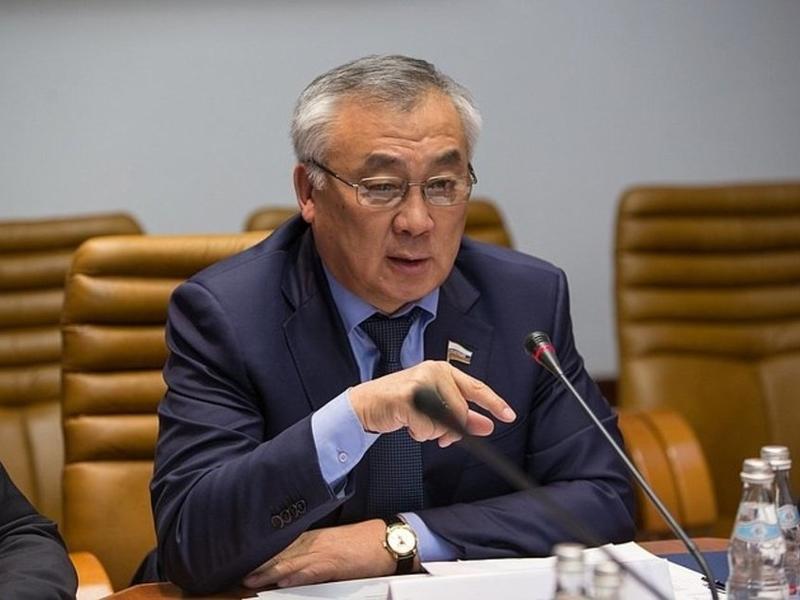 Жамсуев поддержал идею об автономном Рунете