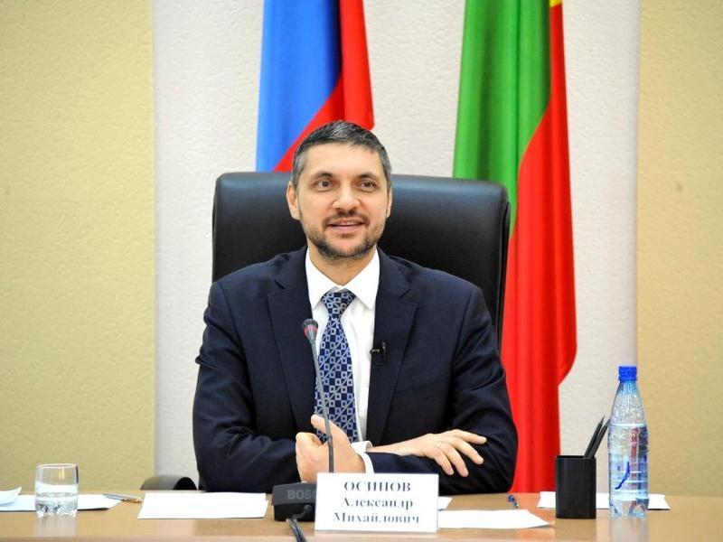 Политконсультант: От Осипова ждут обновления чиновничьего аппарата