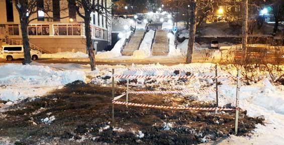 Коммунальщики нашли источник воды в центре Петропавловска