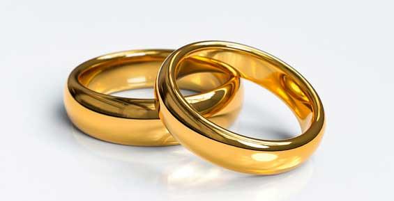 На Камчатке суд решил расторгнуть фиктивный брак россиянки и азербайджанца